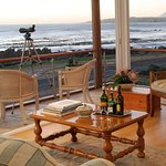 Photo de 138 Marine Beachfront Guesthouse