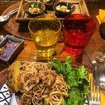 Assortiment de grignottage + Gourmandise de Khum Mae