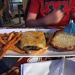 Plain Cheeseburger