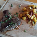 Beef stake with potato sote and hollandaise souce