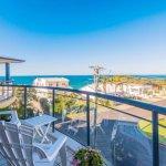 Foto de The Cove Beachfront Apartments