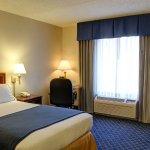Photo de Holiday Inn Express Andover North - Lawrence