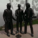 Bee Gees statue