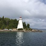 Lighthouse on way to Flowerpot Island