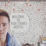 Photo de Five Stones Hostel