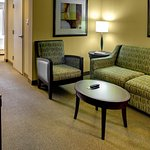 Photo of Hilton Garden Inn Richmond Airport