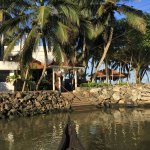 Photo de Beach and Lake Ayurvedic Resort