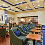 Photo of Hampton Inn & Suites Orlando Airport @ Gateway Village