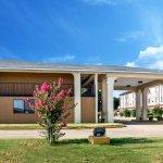 Photo of Econo Lodge Greenville