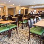 Photo de Holiday Inn Express Philadelphia NE - Bensalem