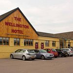 Photo of Wellington Hotel