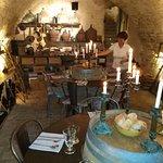 cave: un des espaces pour manger