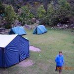 Primo accampamento nell'Inca Trail, solo per noi 4 e la guida, più tenda/cucina!