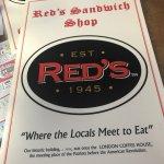 Photo de Red's Sandwich Shop