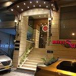 Photo de Hotel Sawera Grand