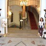Hotel Paris lobby