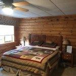 Foto de Wind in the Pines Bed & Breakfast