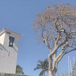 Vista da frente da igreja