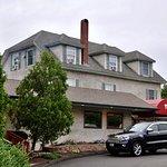 Mystic Pizza II, N. Stonington, CT - Exterior