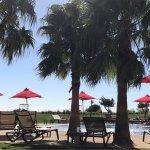 Photo de Cascade Wellness & Lifestyle Resort
