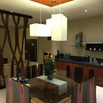 Lounge & Dining Room & Kitchen with fully stocked fridge