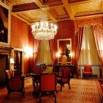 Royal family room