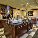Foto de Hampton Inn & Suites Tallahassee I-10 - Thomasville Rd