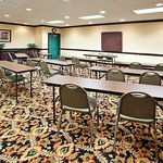 Photo of Country Inn & Suites By Carlson, Calhoun