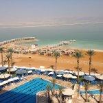 صورة فوتوغرافية لـ فنادق كراون بلازا البحر الميت