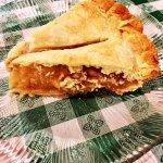 Warm Caramel Apple Pie