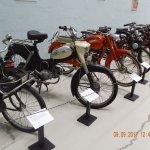 Nogle eksemplarer fra samlingen: Harley Davidson, Ford T og en Velo,Puch m.fl!