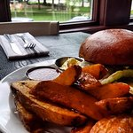 Fieldhouse Burger and Potato Wedges