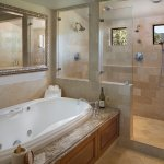 Bella Vista Suite Bathroom