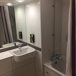 Photo de Premier Inn London Angel Islington Hotel