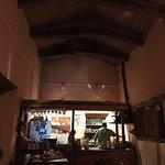 El local y la cocina: el techo: tirantes y cardón.