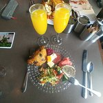 Sunday brunch with Mimosas