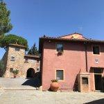Photo de Salvadonica - Borgo Agrituristico del Chianti
