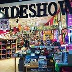 AVAM Gift Shop