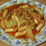 Dduk Bokki - rice cakes & fish cakes in a spicy sauce.
