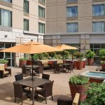Photo de Courtyard Silver Spring Downtown