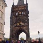 Photo de Old Town Bridge Tower