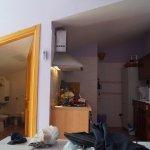 Kitchenette - espace repas - salle d'eau
