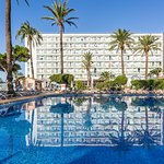 Photo of Sirenis Hotel Tres Carabelas & Spa