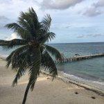 Photo de West Bay Beach