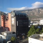 Looking diagonally across the intersection, with Table Mountain in the background