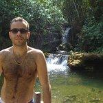 Além da flutuação diversas cachoeiras na região!