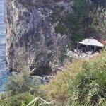 La grotta from the street