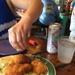 Photo de Hogfish Bar & Grill