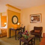 Photo de SpringHill Suites Napa Valley