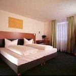 Photo of Memphis Hotel
